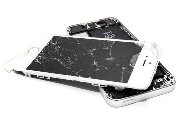 תיקון מסך למכשיר סלולרי